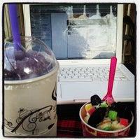 Photo taken at Coffee Gun by Steve Wai R. on 1/14/2013