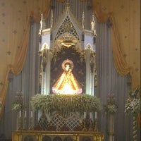 Das Foto wurde bei National Shrine of Our Lady of the Holy Rosary of La Naval de Manila (Sto. Domingo Church) von Πέρυ (Perry) T. (佩裏) P. am 10/13/2012 aufgenommen