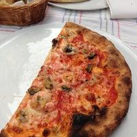 4/30/2013 tarihinde Nadya A.ziyaretçi tarafından La Cucina'de çekilen fotoğraf
