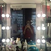 Снимок сделан в Brow Up! and Make Up пользователем Gogo U. 9/10/2015