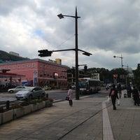 Photo taken at ココウォーク茂里町 バス停 by 夏来に… on 10/31/2012
