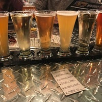 Photo taken at Mad Beach Craft Brewing Company by Raya R. on 12/26/2017
