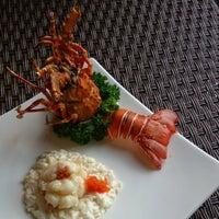 5/11/2016 tarihinde Jimmy C.ziyaretçi tarafından The Catch Seafood Restaurant & Bar'de çekilen fotoğraf