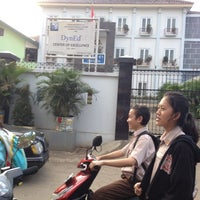 Photo taken at SMAN 61 Jakarta by Hardlen C. on 5/15/2014
