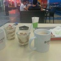 8/13/2015 tarihinde Caner E.ziyaretçi tarafından Big Bang Burger'de çekilen fotoğraf