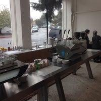 Photo taken at Blue Bottle Coffee by Dan S. on 2/6/2014