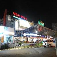 Photo taken at Mega Bekasi Hypermall by henry p. on 8/2/2015