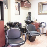 Photo taken at Hair Decor Unisex by Arthur S. on 7/4/2014