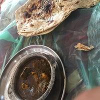 Photo taken at ريف اليمن للأكلات الشعبية by Basil B. on 2/20/2016