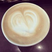 Photo taken at Starbucks (星巴克) by Omi on 11/12/2013