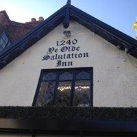 Снимок сделан в Ye Olde Salutation Inn пользователем Craig A. 10/27/2012