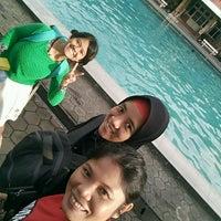 Photo taken at Lembah Dieng Swimming Pool by Endang S. on 2/4/2017