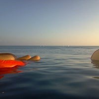 Photo taken at Sheraton Waikiki - The Edge of Waikiki Bar by Brian L. on 11/25/2012