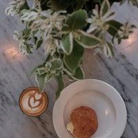 Foto tomada en General Porpoise Coffee & Doughnuts por 🐚Ahmet el 8/18/2017