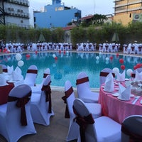 Photo taken at Eastin Grand Hotel Saigon by Na L. on 12/12/2015