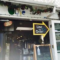 รูปภาพถ่ายที่ Olive Café โดย Chris เมื่อ 2/21/2016