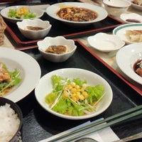 Photo taken at 八幡飯店 by あっきぶ♪ on 1/23/2015