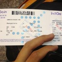 Photo taken at Gate #7 by Eakkawit M. on 10/21/2012
