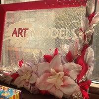 Снимок сделан в ARTmodels пользователем Victoria S. 7/28/2014