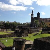 Foto tomada en Zona Arqueológica Tlatelolco por Evan M. el 10/2/2012