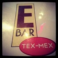 รูปภาพถ่ายที่ E Bar Tex-Mex โดย RYAN D. เมื่อ 10/10/2012