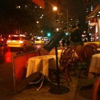 Foto scattata a Baraonda da Annie F. il 10/16/2012