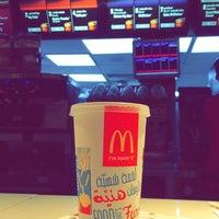 Photo taken at ماكدونالد المطار by Guapo🇪🇸 on 10/9/2014