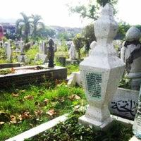 รูปภาพถ่ายที่ Tanah Perkuburan Islam Jalan Cheras โดย 🌸Zaza N. เมื่อ 2/10/2014