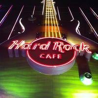 Das Foto wurde bei Hard Rock Cafe Las Vegas von Leticia A. am 4/8/2013 aufgenommen