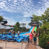 Photo taken at Aquatica San Diego, SeaWorld's Water Park by Per N. on 8/6/2015