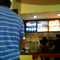 Photo taken at Burger King by Marco Antonio A. on 7/16/2012