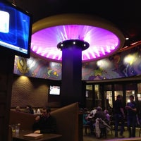 Photo taken at Mellow Mushroom by Eric S. on 3/11/2012
