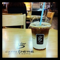 Photo taken at Caffé bene by David Jaehyoung L. on 9/3/2012