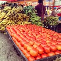 Foto tomada en Feria Del Agricultor Heredia por Roberto P. el 7/7/2012