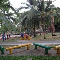 Photo taken at เกาะลำพู by Sumate R. on 4/4/2012