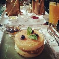 Foto tirada no(a) Oscar Café por Raphaela L. em 8/19/2012