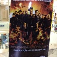 8/21/2012 tarihinde Kutlu B.ziyaretçi tarafından Lemar Cineplex'de çekilen fotoğraf