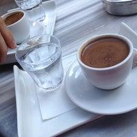 5/26/2012 tarihinde Busra C.ziyaretçi tarafından Fazıl Bey'in Türk Kahvesi'de çekilen fotoğraf
