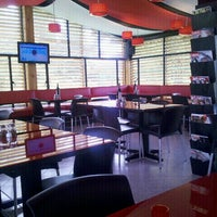 Foto tomada en Koken Pizza por Andres L. el 6/21/2012
