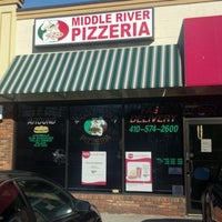 Photo taken at Middle River Pizzeria by Dirty D. on 2/3/2012