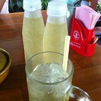 Photo taken at สุภาพร อาหารเวียดนาม by Moo P. on 5/5/2012