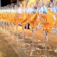 Das Foto wurde bei MIURA Tapas-Bar & Restaurant von Martin A. am 6/2/2012 aufgenommen