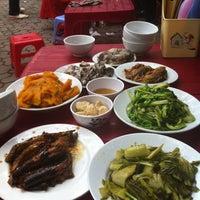 Photo taken at Cơm Vinh Thu by La H. on 3/16/2012
