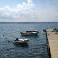 Photo taken at Riva Starigrad by Furukama on 9/2/2012