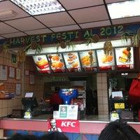 Photo taken at KFC by Diana D. on 5/13/2012