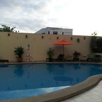 Photo taken at Swimming Pool @ Dusit D2 Hotel by Sungwian M. on 6/9/2012