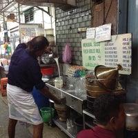 Photo taken at Fresh Boiled Milk @ Nasi Kandar Line Clear by Chin K. on 2/10/2012