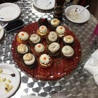 Photo taken at Let Them Eat Cupcakes by Aaron L. on 3/3/2012