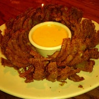 Photo taken at Outback Steakhouse by Ken W. on 8/15/2012