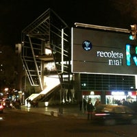Foto tirada no(a) Recoleta Mall por Rogers C. em 7/6/2012